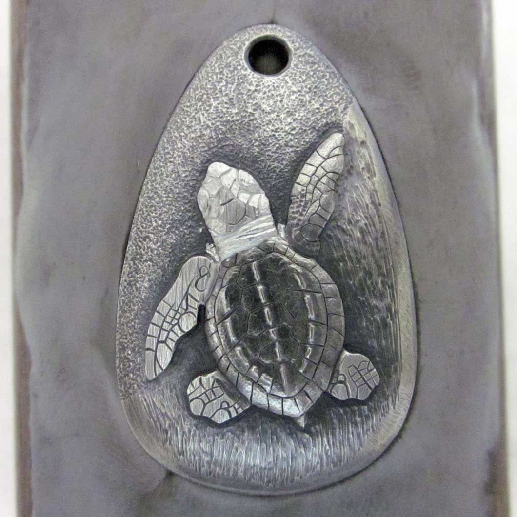 Baby_Sea_Turtle_Pendant_20a