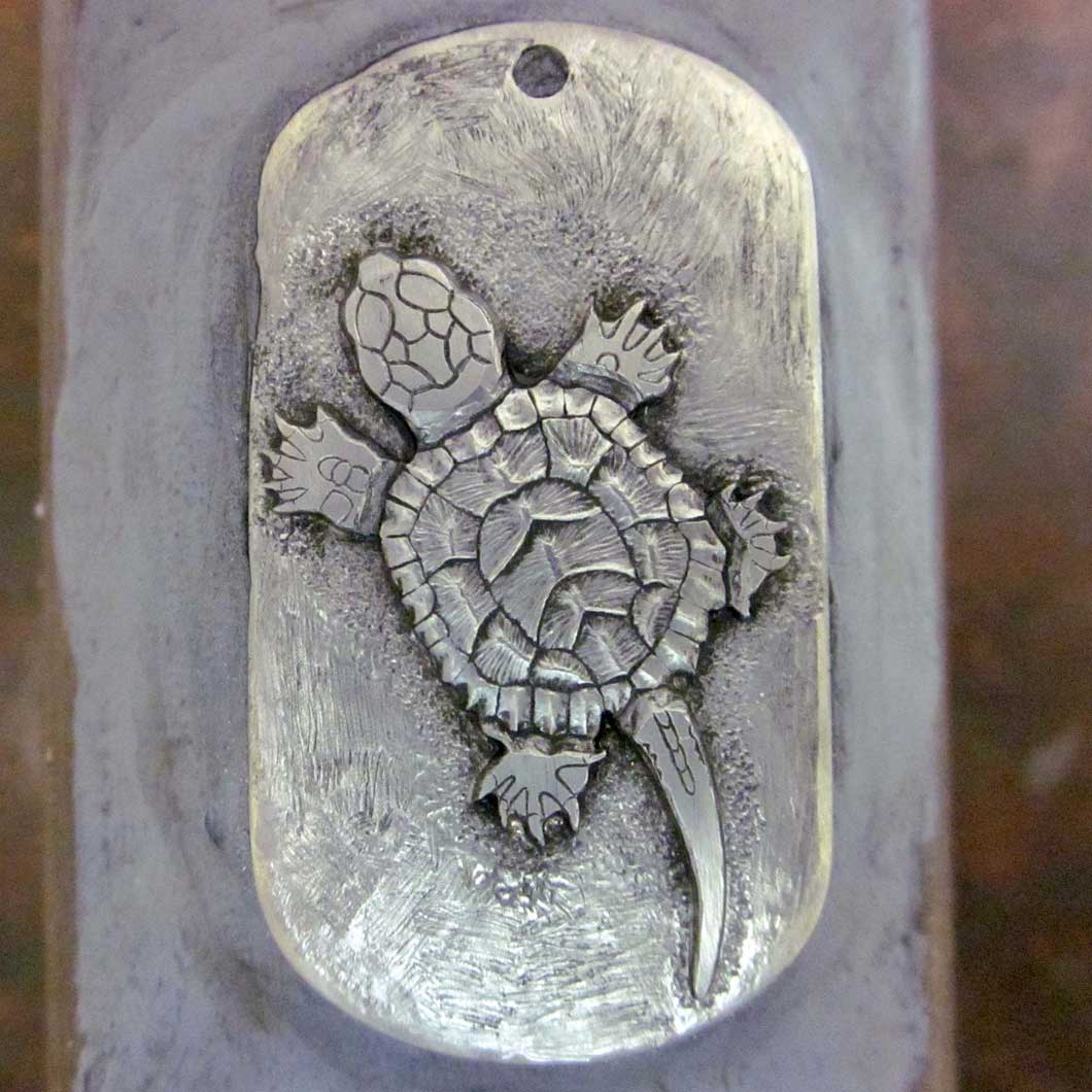 Baby_Snapping_Turtle_Pendant_7